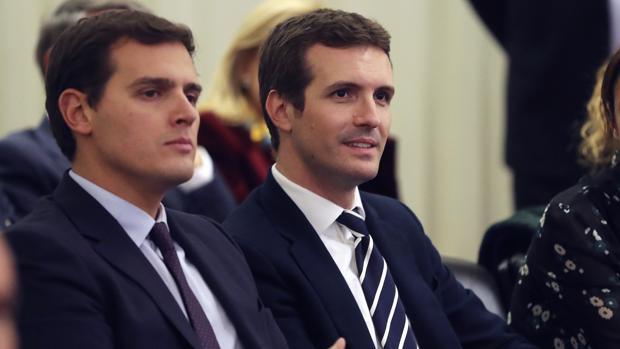 El líder de Cs, Albert Rviera y el del PP, Pablo Casado