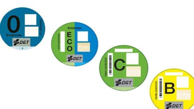 Los cuatro distintivos ambientales de la DGT