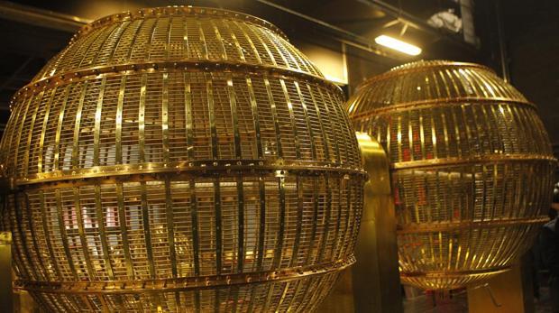 El Cuarto Premio de la Lotería de Navidad se celebra en Llodio ...