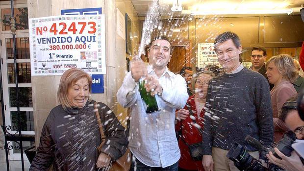 Imagen de la celebración del Gordo en Valencia en 2003