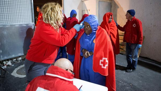 Más de 1.100 inmigrantes han sido rescatados este fin de semana procedentes de 65 pateras - Página 2 1412095691-kynD--620x349@abc