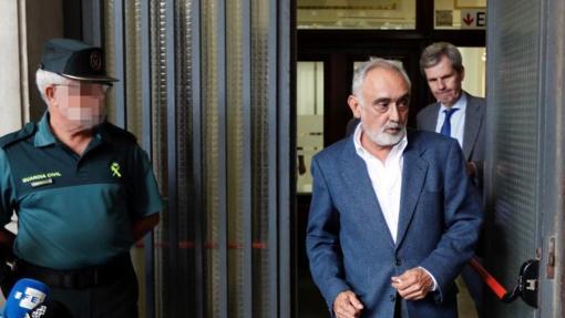 El exdirector de la Faffe, Fernando Villén, tras comparecer en un juzgado de Sevilla