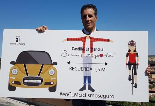 Induráin, promocionando una campaña de la Junta de Comunidades de Castilla-La Mancha