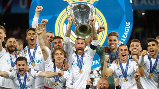 Sergio Ramos levanta la Copa de Europa