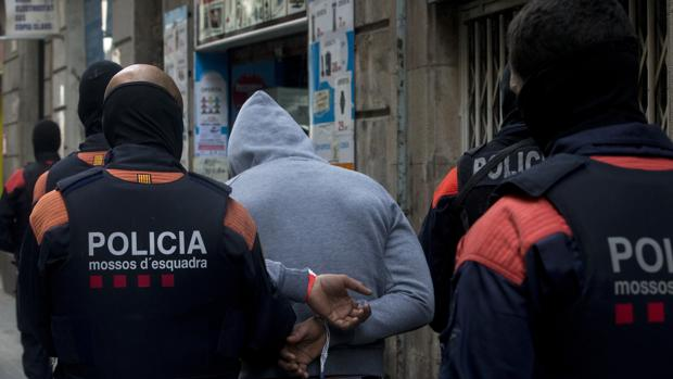 Operación contra los narcopisos en el centro de Barcelona