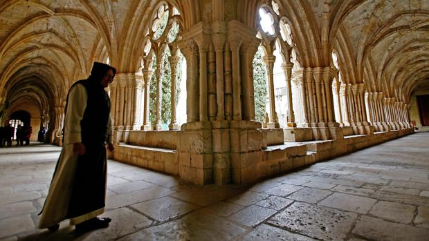 Claustro del Real Monasterio de Poblet, en Tarragona, panteón de los Reyes de Aragón y Condes de Barcelona