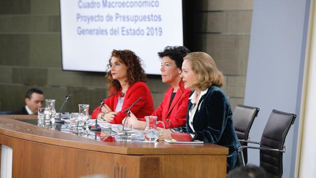 Las ministras Montero, Celaá y Calviño explican el proyecto de Presupuestos para 2019