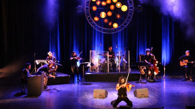 Un momento del concierto de Ara Malikian en el Auditori Teulada Moraira