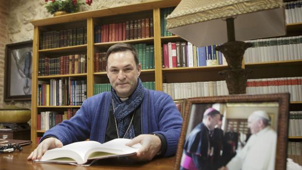 Raúl Berzosa ha presentado ante la Santa Sede