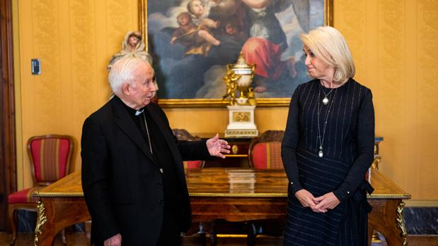 Hortensia Herrero junto al Cardenal Cañizares este viernes