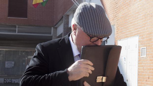 ¿Guerra de comisarios?: García Castaño tacha de «mentiroso» a su exsocio Villarejo
