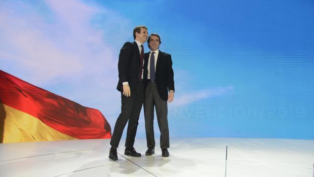 Pablo Casado y José María Aznar, en la Convención Nacional del PP