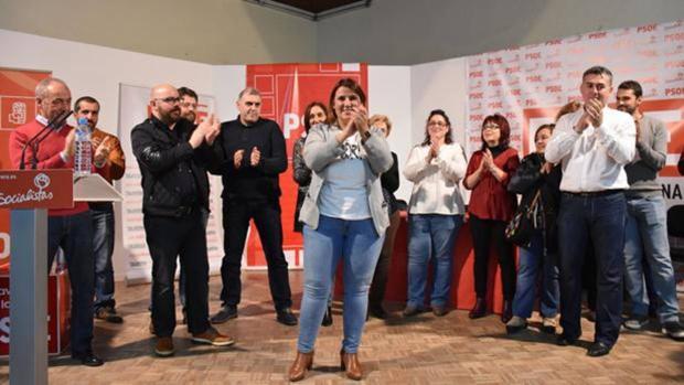 Agustina García, cuando fue elegida por mayoría absoluta secretaria general del PSOE de Talavera