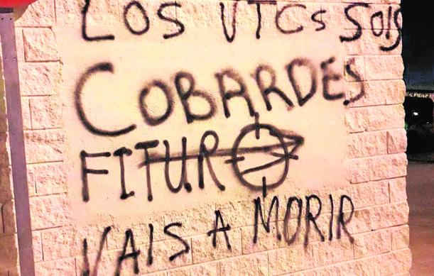 Pintada contra los VTC en Madrid