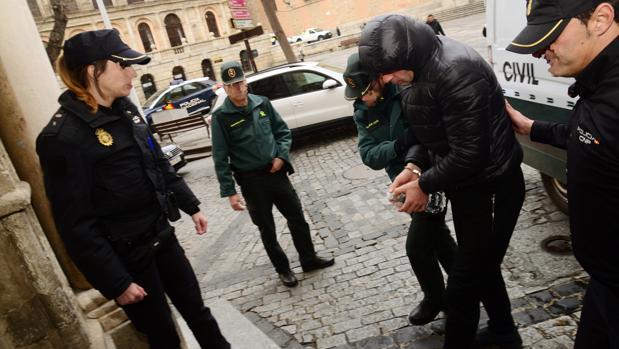 El detenido llega, este martes, a la Audiencia Provincial de Toledo