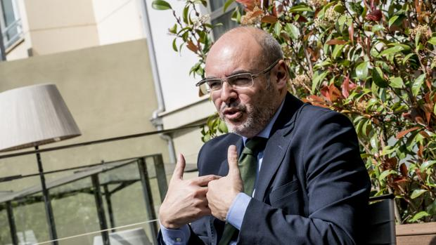 Imagen de Eusebio Monzó tomada durante una entrevista con ABC