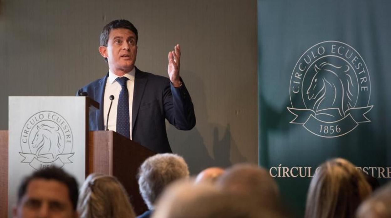 Manuel Valls avisa: «Los independentistas se están preparando para asaltar Barcelona»