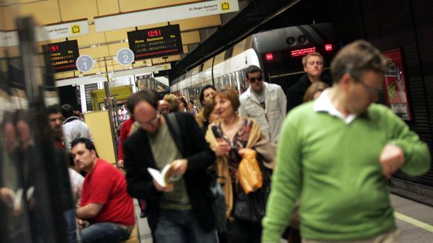 Imagen de las instalaciones del Metro de Valencia durante una jornada de huelga