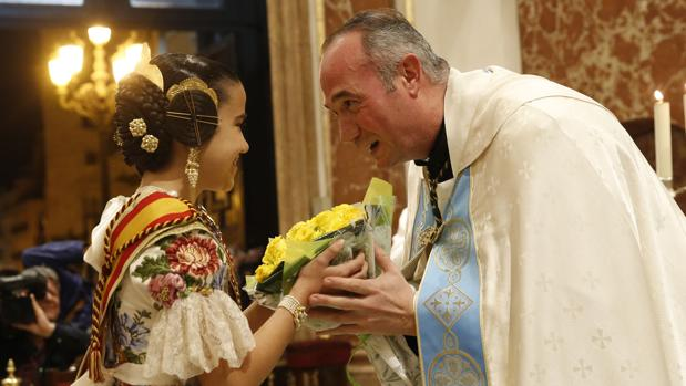Un momento del acto con el vicerrector Álvaro Almenar