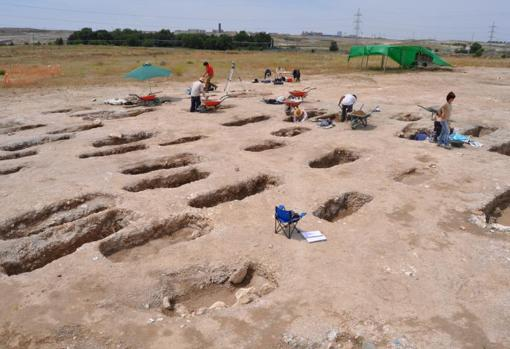 arqueologos-vicalvaro-kGfB--510x349@abc.jpg