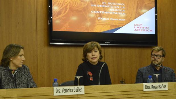 La doctora Rosa Baños, en la apertura del encuentro en Valencia este viernes