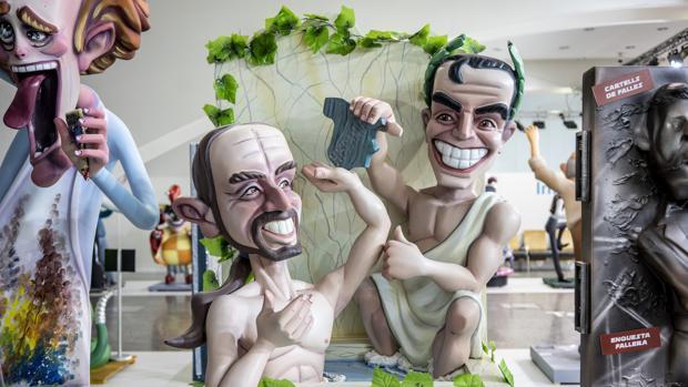 Imagen de los ninots de Pedro Sánchez y Pablo Iglesias