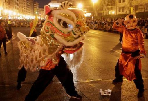Imagen de la cabalgata del Nuevo Año chino en Valencia