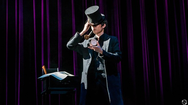 El espectáculo «Magia de cerca» abre la programación mañana