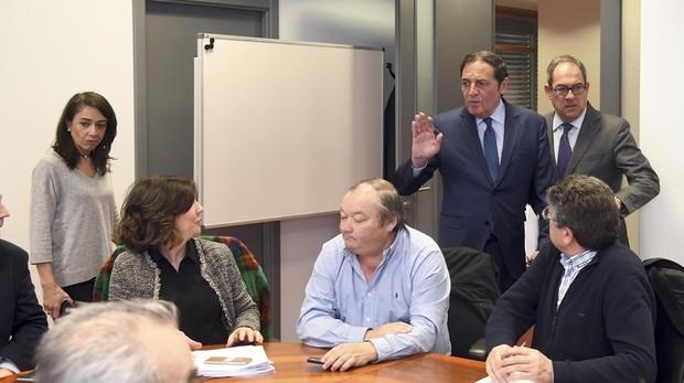 Sáez, durante su reunión este viernes con alcaldes de la provincia de Burgos