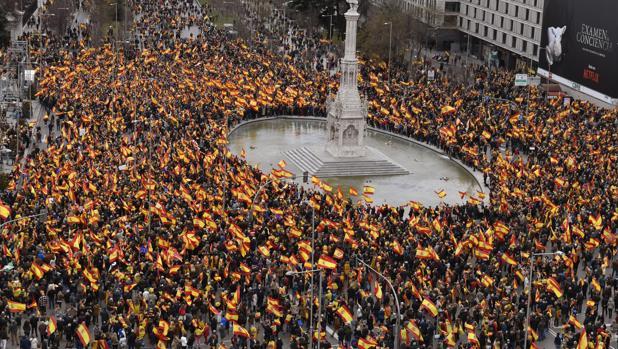 Miles de personas se han concentrado en Colón, Madrid