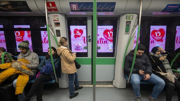 Publicidad dinámica en el interior del túnel en la red de Metro de Madrid