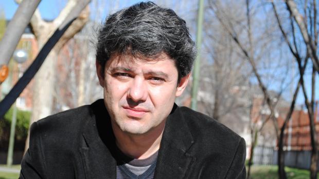 El escritor madrieño Antonio Mercero, autor de la novela negra «El caso de las japonesas muertas»