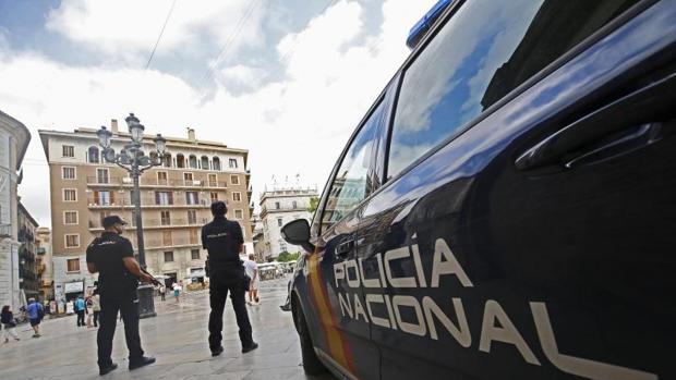 Intervención policial en las calles de Valencia