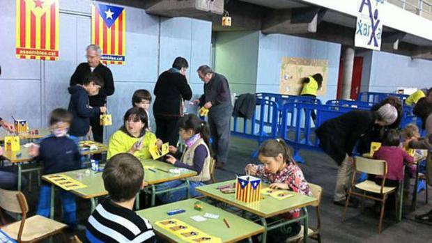 Un acto independentista en un colegio catalán