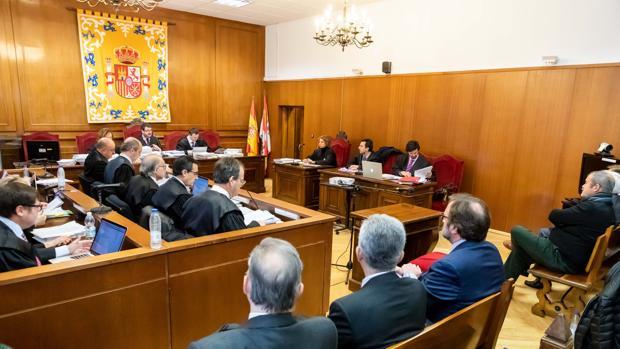 Sexta jornada del juicio de las prejubilaciones de Caja Segovia, en el que están previstas las pruebas periciales