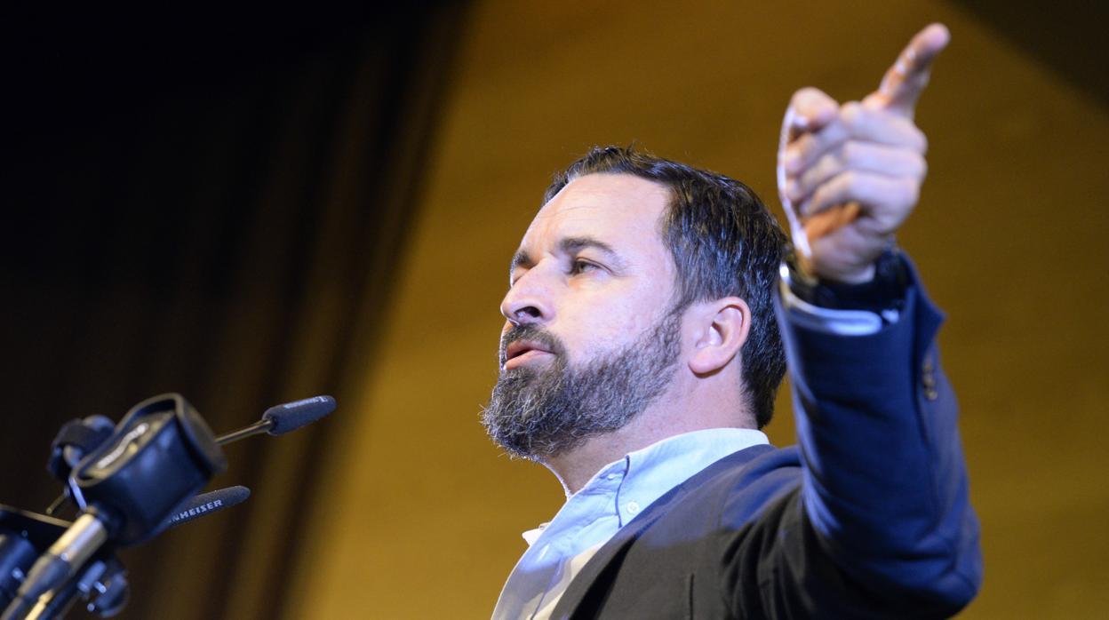 Abascal celebra el adelanto electoral en pleno auge de Vox: «Es el fin de una legislatura infame»
