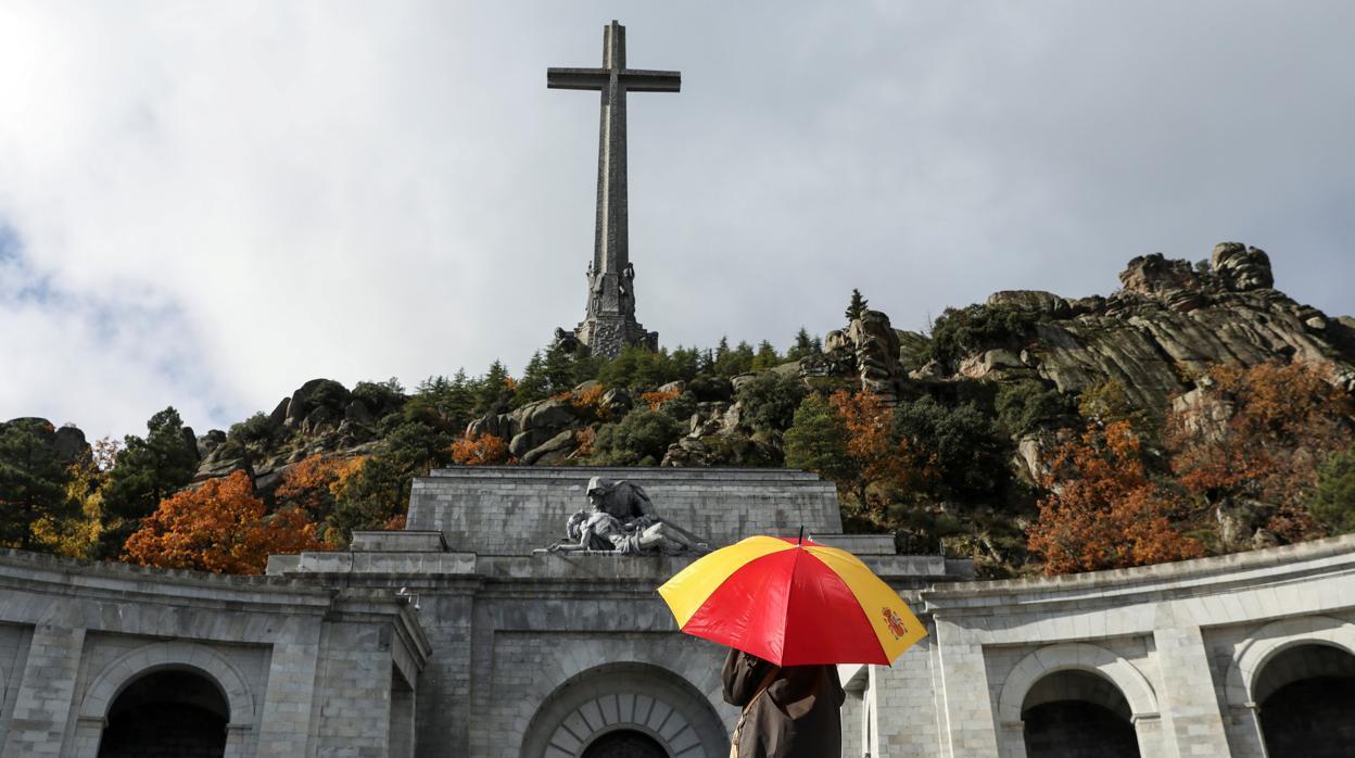 La Fundación Franco anticipa un recurso ante el Supremo a la espera de la familia