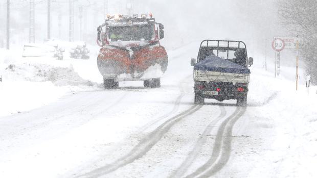 La Aemet ha activado la alerta por nieve para este lunes en las provincias de León y Zamora