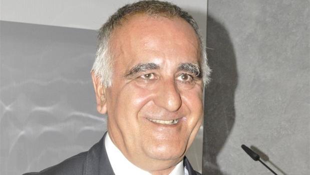 Clemente Sánchez-Garnica es abogado y milita en el PAR desde el año 1984