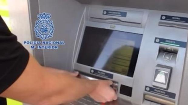 La Policía Nacional ha detenido en Albacete a un hombre cuando intentaba robar a un guardia civil