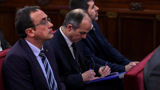 Turull responderá hoy a los fiscales y se aleja de Junqueras
