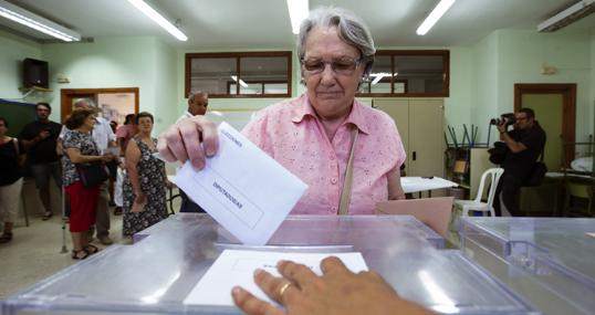 Un colegio electoral, durante las elecciones generales del 26-J de 2016