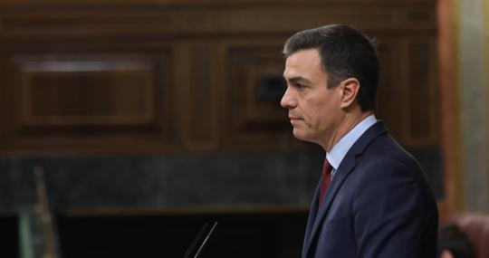 El presidente del Gobierno, Pedro Sánchez, ayer en la tribuna del Congreso