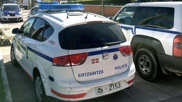 Fotografía de archivo de vehículos de la Ertzaintza