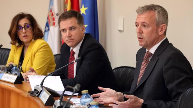 El vicepresidente de la Xunta durante su comparecencia en el Parlamento