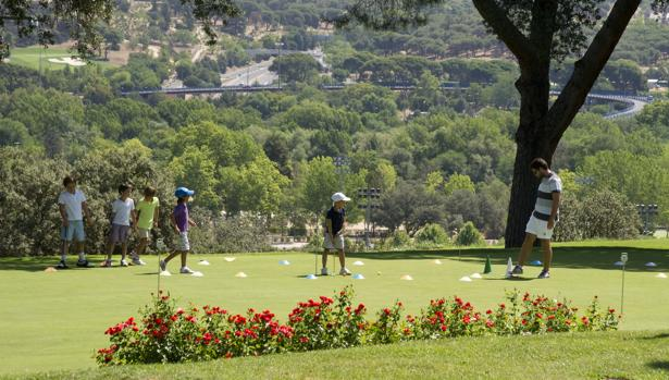 Clase de golf en el Club de Campo de Madrid