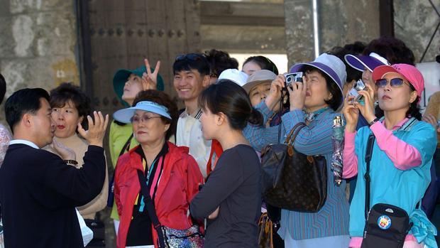 Un grupo de turistas chinos