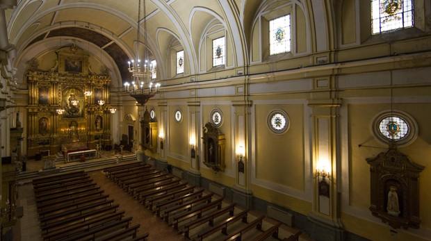 Interior de la parroquia del Purísimo Corazón de María