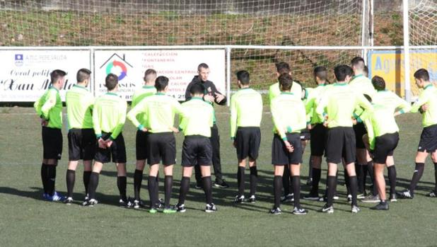 Jornada de árbitros jóvenes de la Real Federación Gallega de Fútbol
