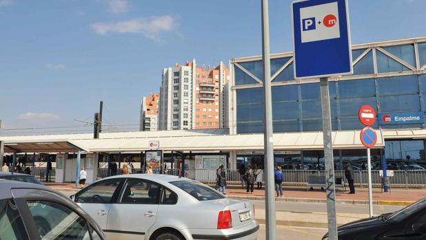 Imagen de uno de los aparcamientos habilitados por Metrovalencia